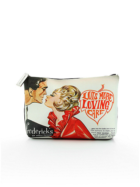 The Kiss Cosmetic Case