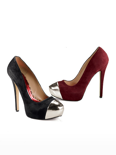 Metallic Toe Pump