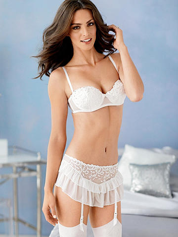 Heavenly Heat Embroidered Bra