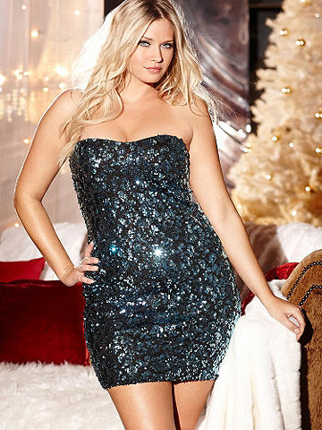 Sweetheart Sequin Dress Plus - Make a grand entrance in this dazzling sequin mini dress! Featuring a flattering sweetheart neckline and curve-hugging fit, this THE dress to party the night away. Imported.