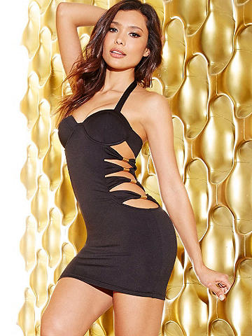 Hollywood Nights Dress - Taking its inspiration from the runway, this stunning number translates beautifully to after dark. Its incredible features include: