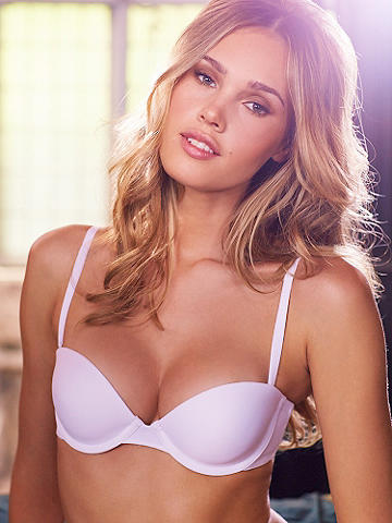 Every Way Everyday Bra - The everyday essential bra that pairs with everything you want to wear. Can we worn strapless, crisscross, halter, regular or one-shoulder style. Features include: 