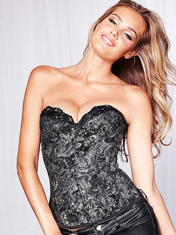 Luxurious Lace Corset