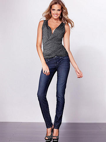 Rhinestone Jean - The classic jean goes sparkly! Glittering rhinestones at the hem and back pockets turns an everyday essential into a party perfect must-have! 