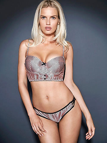 Hot Open-Panel Panty - This is how we get all decked out for the holidays. Ultra-sexy panty features:
