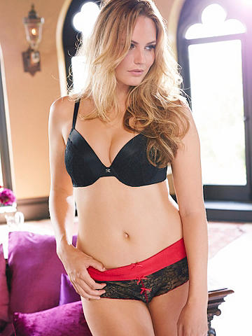 LACE OPEN PANEL PANTY PLUS